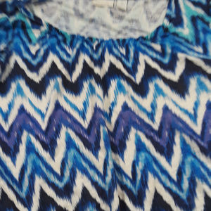 Chico's blue, purple and white cropped length top